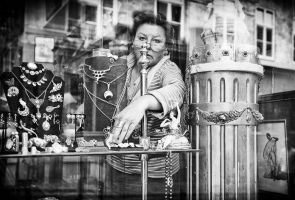 Window shopping by sandas04