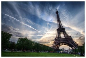 Paris: The Old Lady by Graphylight