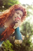 Merida dun Broch - I love Apples! by ChorJail