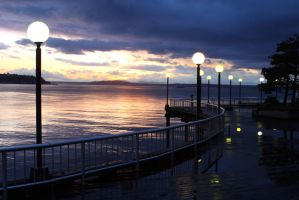Seattle Waterfront Boardwalk by JazzyPhoto