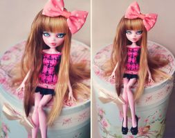 little cutie (Monster High Draculaura repaint) by prettyinplastic