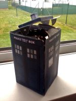 Tardis Papercraft from Doctor Who by x0xChelseax0x