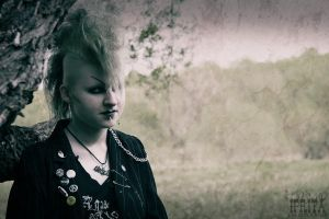 Deathrock girl by MariIprit