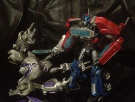 Megatron about to get scrapped by raptarrin