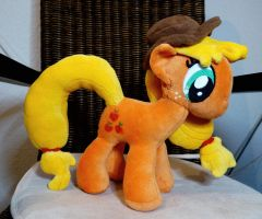 Applejack Pluschie by Rariedash