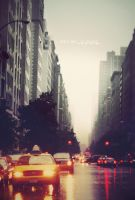 New York, side of rain by xue-ying