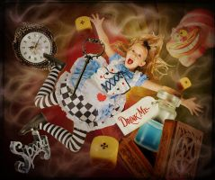 Alice falling by katmary