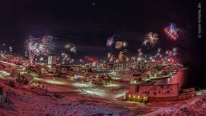 New year in Greenland 2014. by ShadowRave13