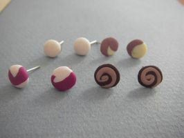 Simple earrings by maluka3