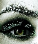 Green winter eye by Bluetenzauber