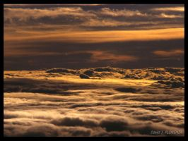 between clouds by ulysse