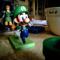 RUN LUIGI!! by DrGengar