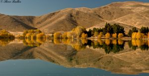 Autumn Reflected by darklordf