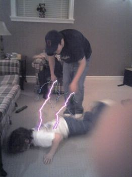 Little kid Electrocution by h8crime