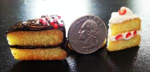 polymer clay mini cakes by l337Jacqui