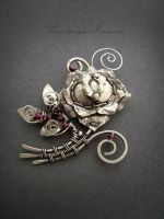 rose brooch by nastya-iv83