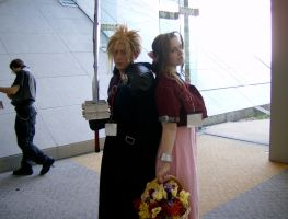 Otakon 2007: Cloud and Aerith by Rose-Vicious