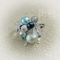 Beaded Ring in blue, silver and white by shoudoumagic