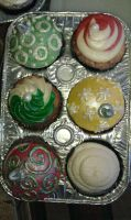 Christmas Ornament Cupcakes by katiesparrow1