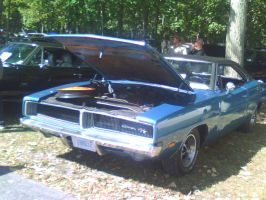 Dodge Charger RT by catsvsfox