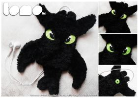TOMO's TOOTHLESS - iPod iPhone Case by TomodachiIsland