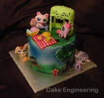 Littlest Pet Shop Cake by cake-engineering