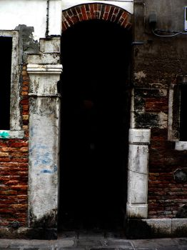 Calle in Venice by pipp8888