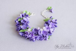 Bracelet with lilacs from polymer clay by polyflowers
