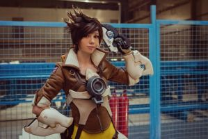 Tracer - Overwatch by Hoteshi