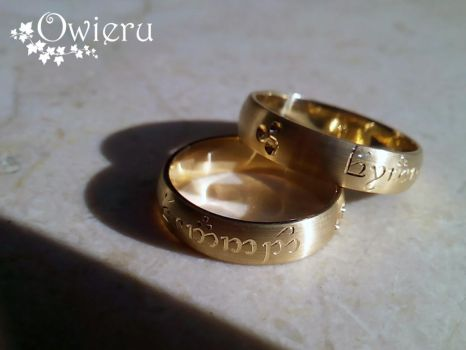 Owieru ring gold. Tengwar annatar. by Nexogure