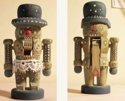 Custom Nutcracker by shir-a