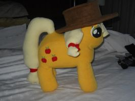 My Little Pony Applejack Plush by nenfere