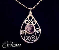 Wire drop with fluorite by Laurefin-Estelinion