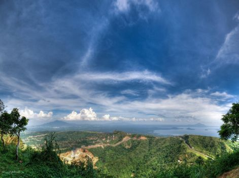 Tagaytay Philippines by jdeepan