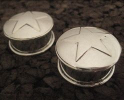 mega star plugs by discomedusa
