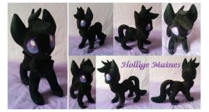 Hollige Maines plushie by Feneksia-Creations