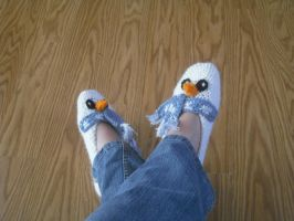 Sportweight Snowman Slippers by krizpie