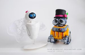Eve and Wall-e by NinaHoerz