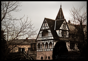 Old house by AnnieCy
