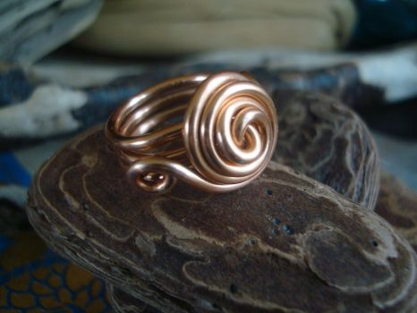 Copper Love-Knot Ring by TheWingedBoggart
