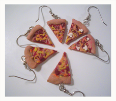 Pizza Party Earrings by chat-noir
