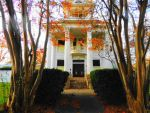 White House Charm by SharPhotography