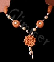 golden rose necklace by kufka