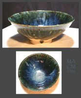 Bowl, licorish and blue shiny by Frost-indri