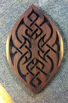 Walnut trivet by 55fish
