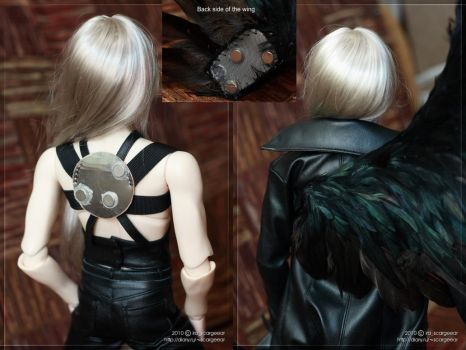 Sephiroth's wing fastening by scargeear