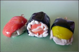 Sushi charms by Tammyyy