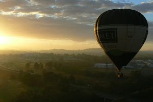 Hot Air Balloon II by photographersfanclub
