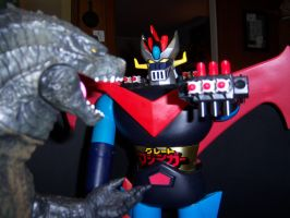 Great Mazinga vs Godzilla by MisterBill82