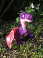 Pallax the Dragon - Needle Felt Finger Puppet by shadechristiwolven